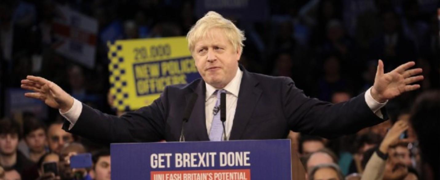 Revue de Presse : Victoire de Johnson.. Brexit confirmé !