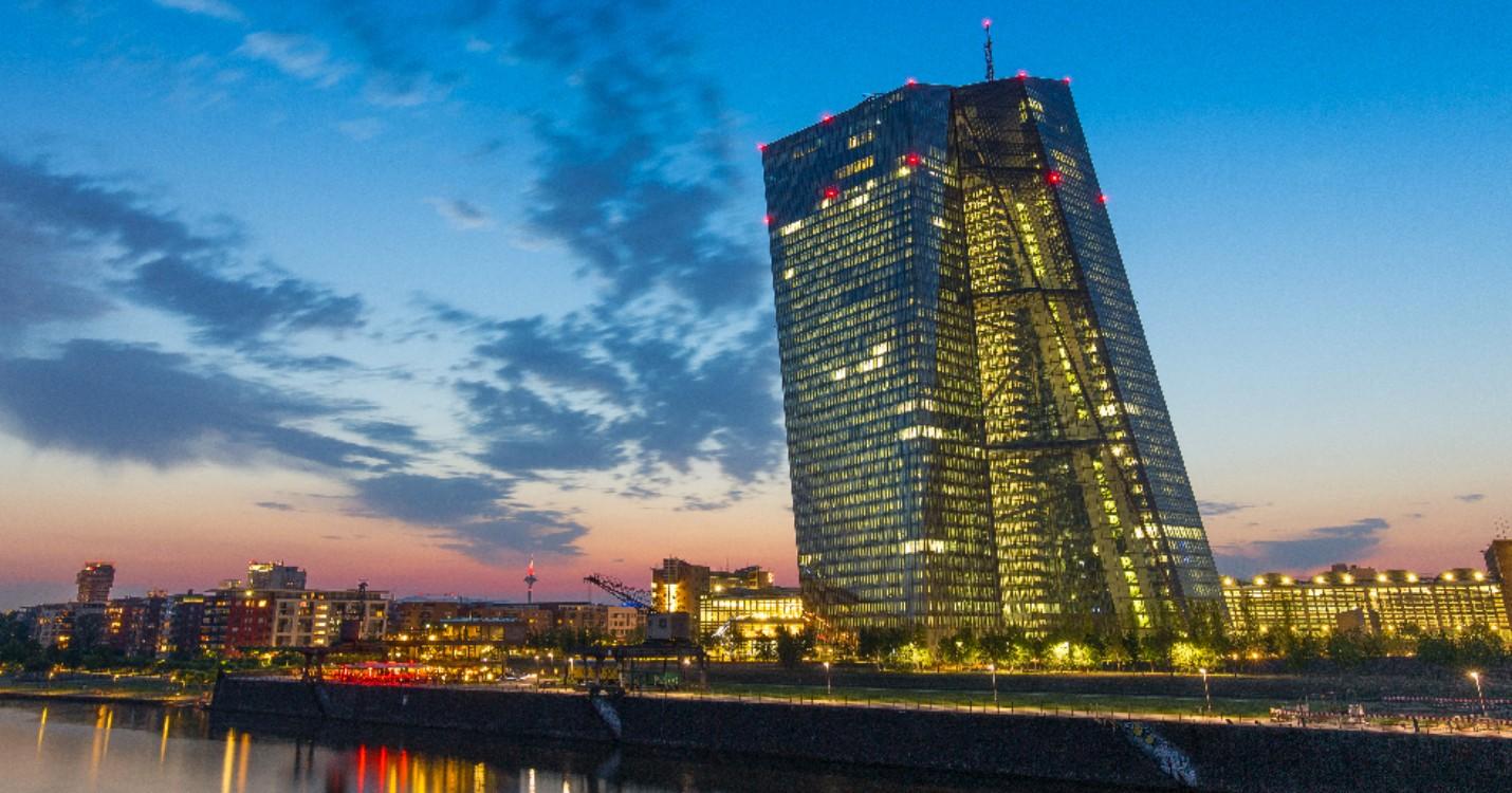 Les pays de la zone euro mobilisent 120 milliards d'euros contre le coronavirus