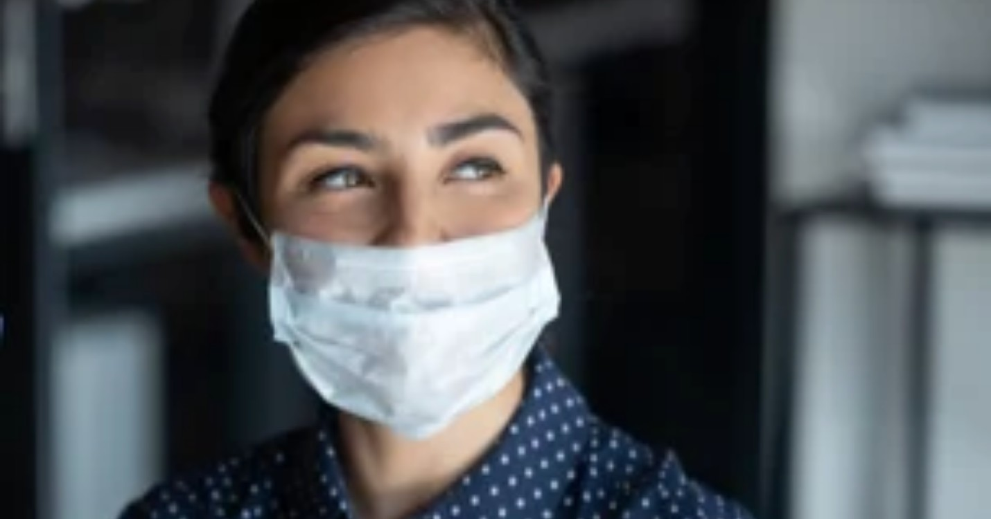 Conseils de dermatologue sur comment porter le masque