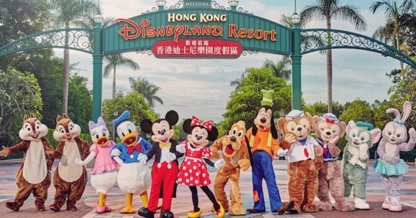 Réouverture de Disneyland Hong Kong, onze quartiers confinés à Pékin et 57 nouveaux cas