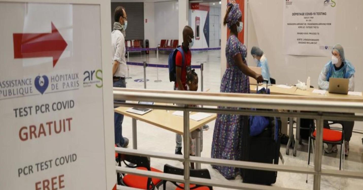 Covid : interdire l'entrée en France aux expatriés est-il légal ?