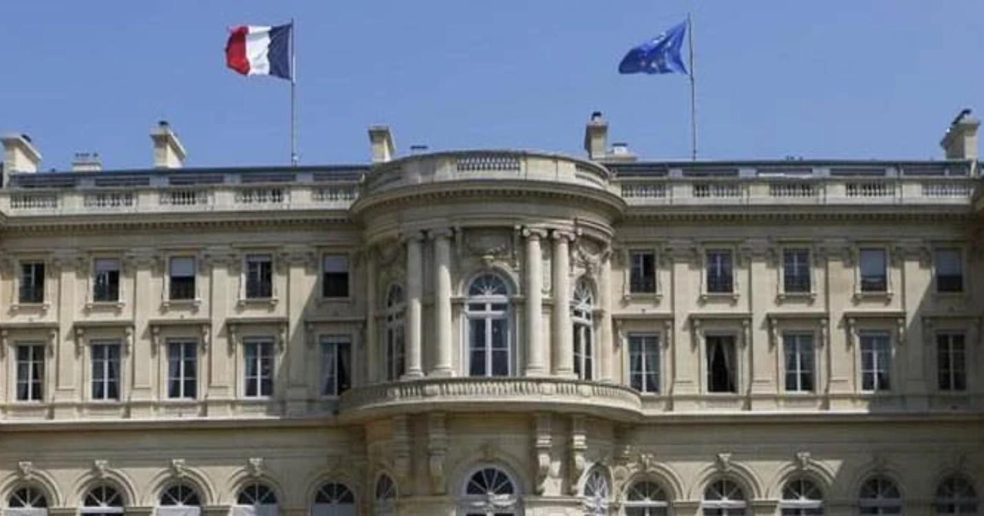 La France met fin à la ratification du traité d'extradition, la militante Agnes Chow condamnée