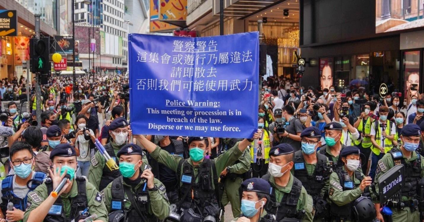 Des forces de police en nombre, arrestation des 12 hongkongais approuvé par le tribunal de Shenzhen