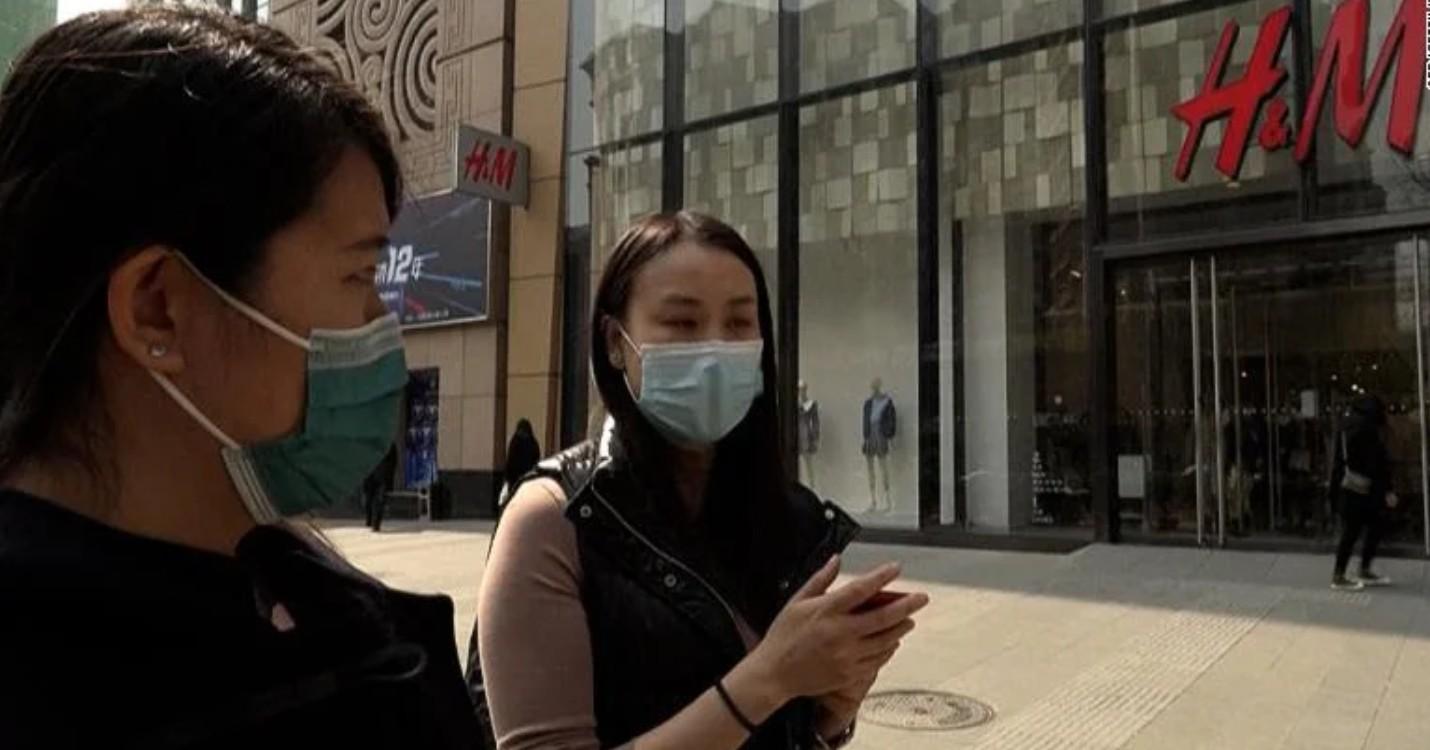 Appels au boycott en Chine des magasins H&M,  trouvez les Invaders à hong Kong