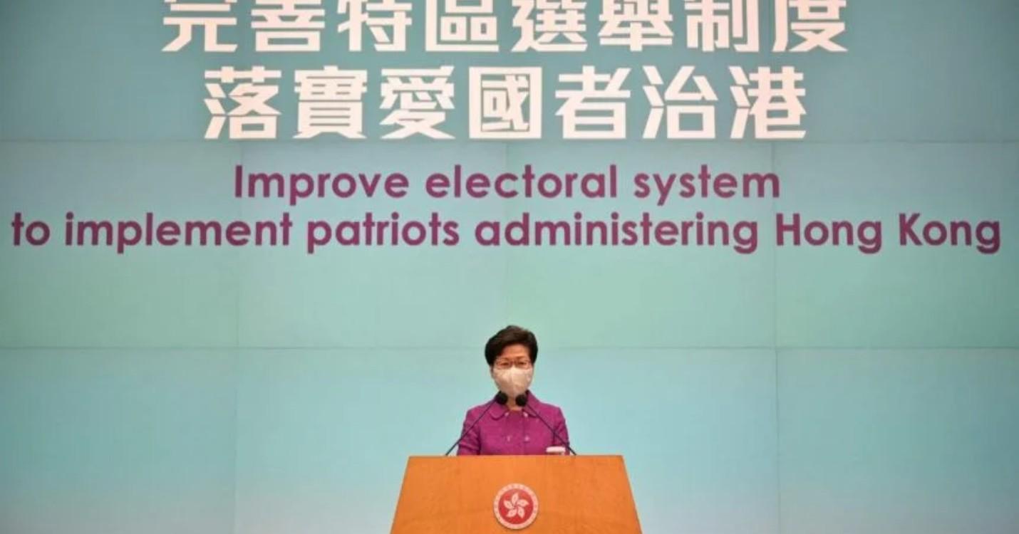 Le LegCo adopte les réformes électorales de HK, une nouvelle date pour «Il jouait du piano debout»