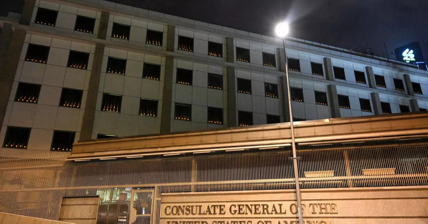 Tiananmen : des bougies allumées aux consulats US et de l'UE, HK Sinfonietta – La Belle Epoque