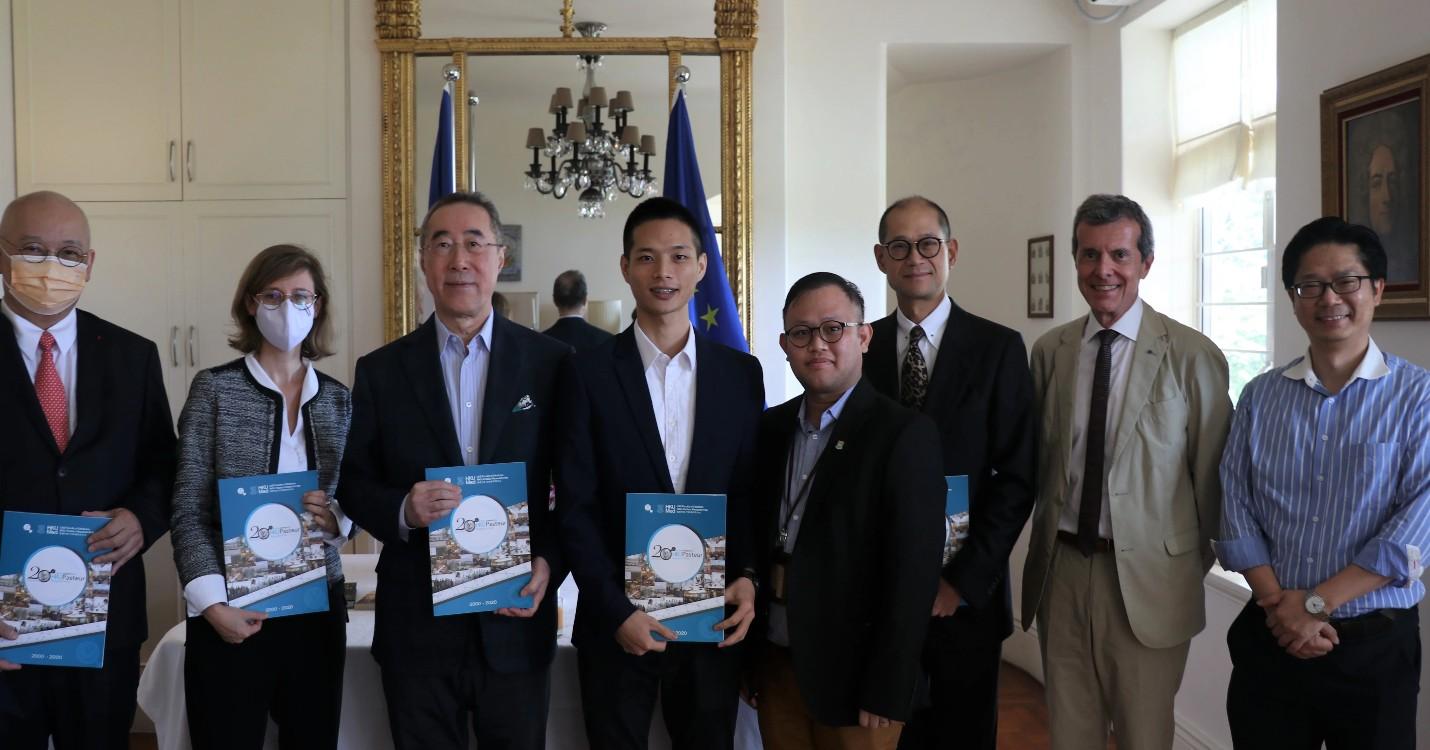 Cérémonie de remise des bourses du pôle de recherche HKU-Pasteur