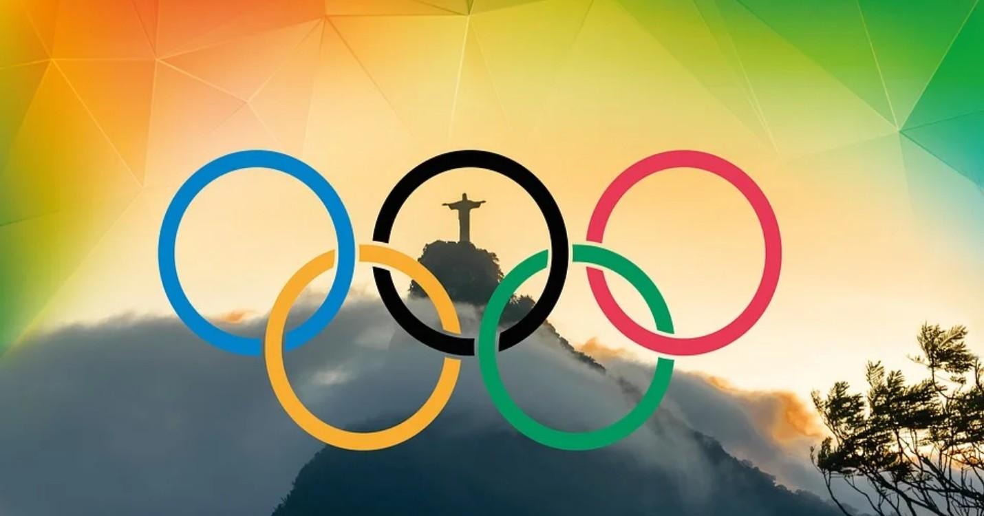 Fête du 15 août, Jeux olympiques et Fratelli Tutti.