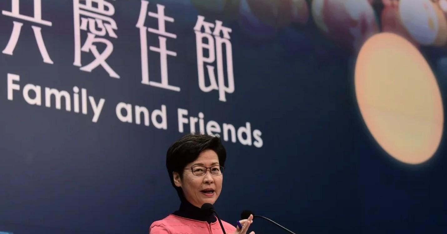Carrie Lam satisfaite du nouveau système démocratique, TikTok limité pour les adolescents en Chine