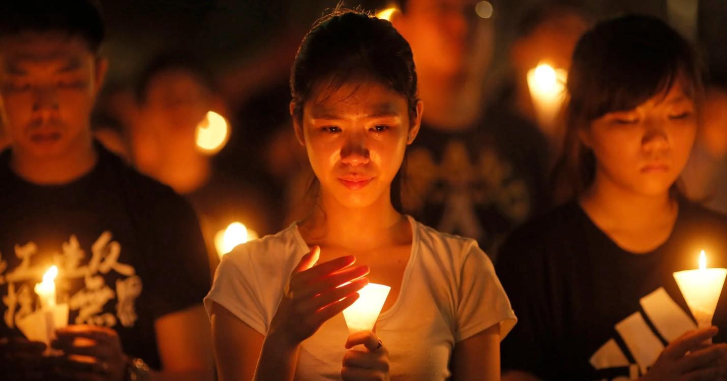 Le groupe des veillées Tiananmen vote sa dissolution, la directrice de Huawei libérée,