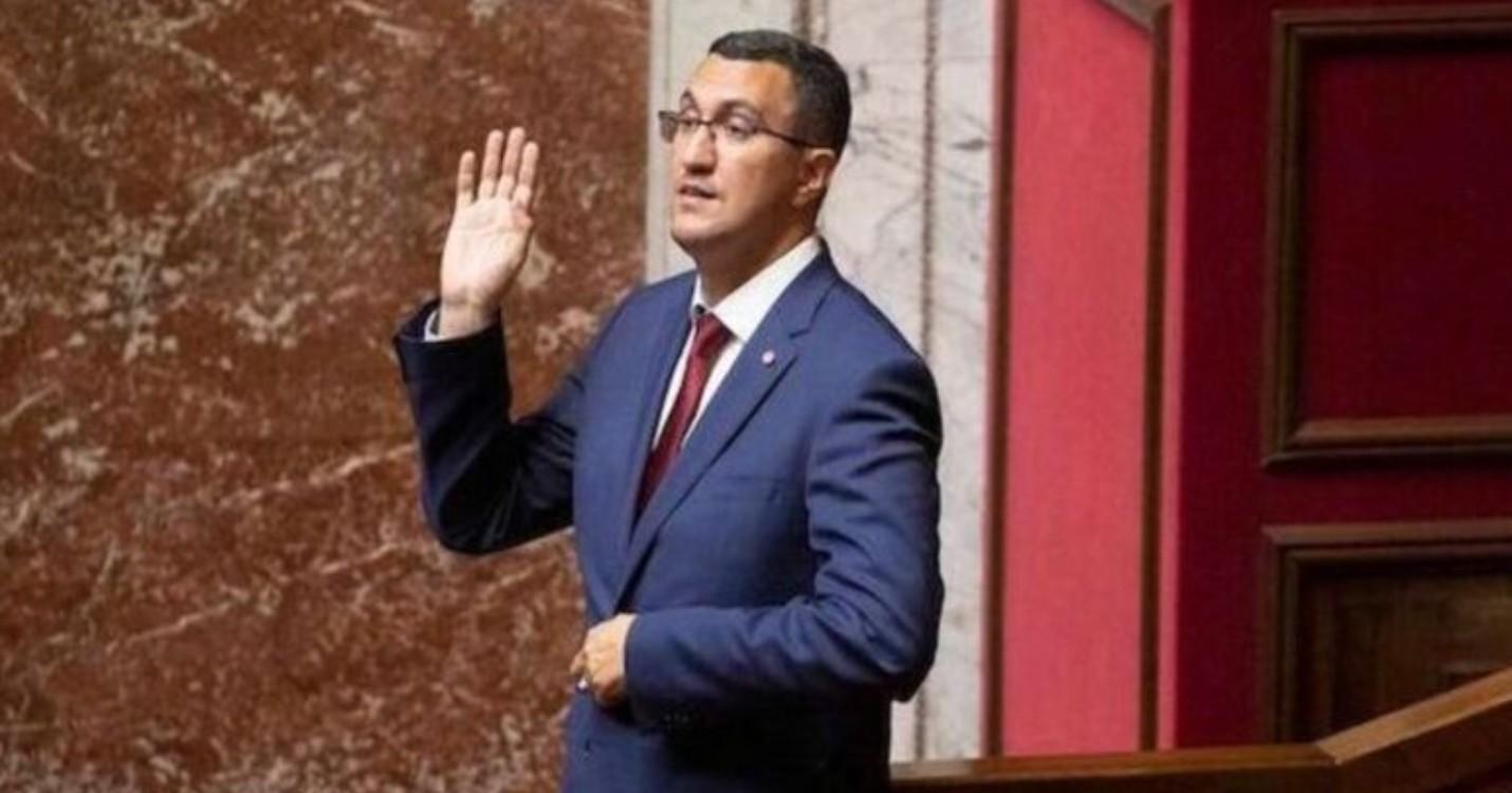 Le député des expatriés El Guerrab jugé pour violences volontaires le 7 avril 2022