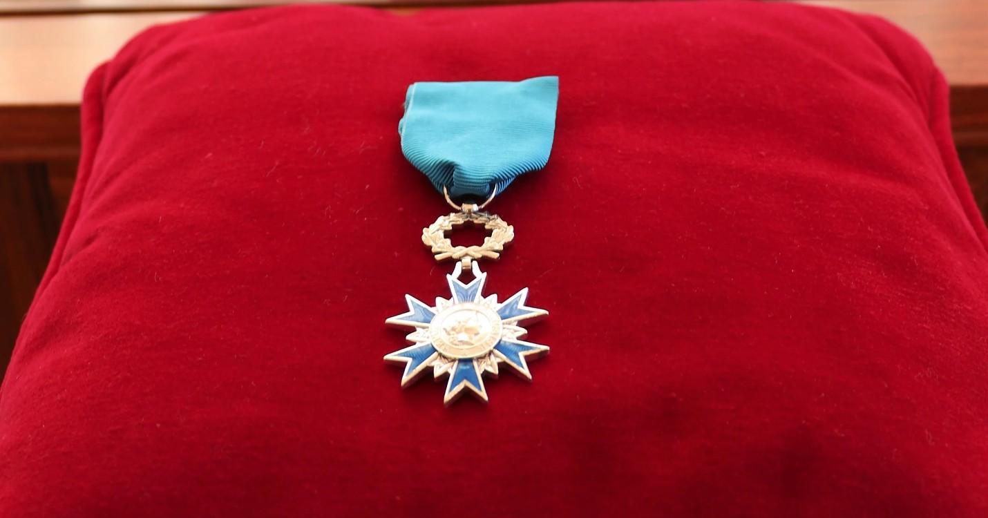 Un Français de Hong Kong fait Chevalier dans l'Ordre national du Mérite